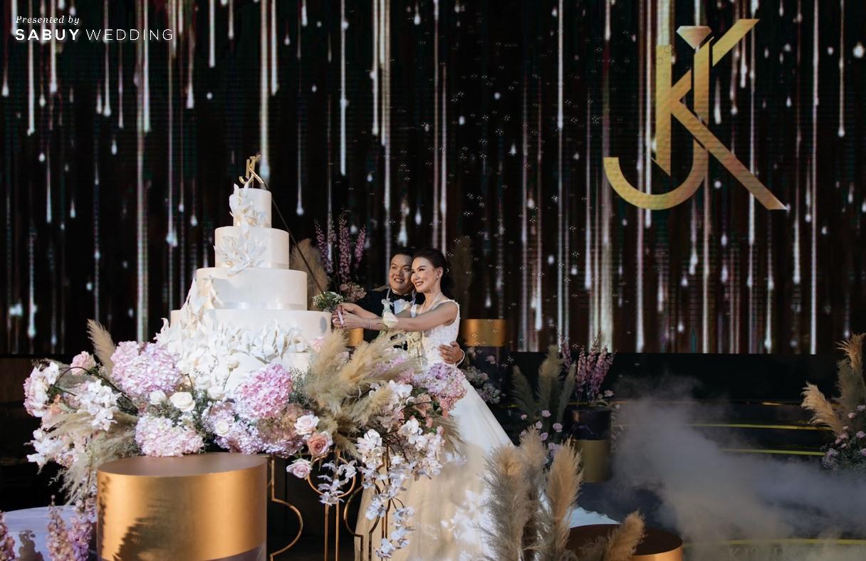 เจ้าบ่าว,เจ้าสาว,งานแต่งงาน,Conrad Bangkok,สถานที่แต่งงาน รีวิวงานแต่งสวยปังดูดี ด้วยโทนสีและจอ LED สุดอลัง @ Conrad Bangkok