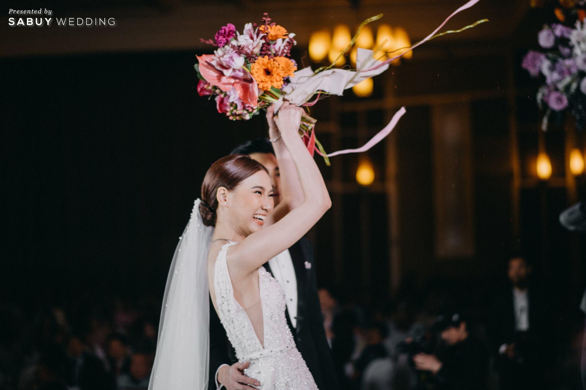 งานแต่งงาน,เจ้าสาว,เจ้าบ่าว,ดอกไม้เจ้าสาว รีวิวงานแต่งสวยสุดด้วย Neon Light มีสไตล์แบบหวานซ่อนเปรี้ยว @ The Imperial Hotel and Convention Centre Korat