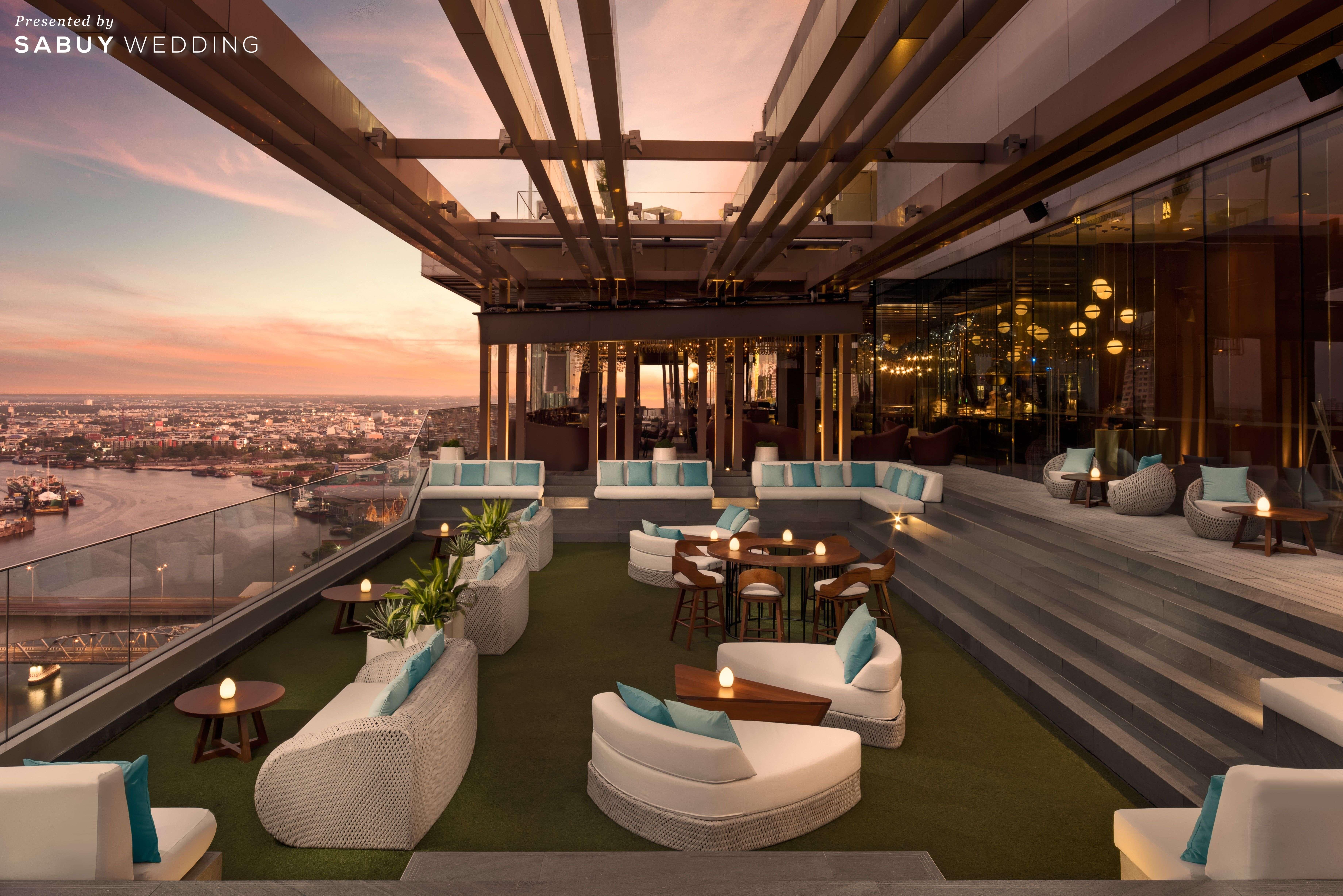 AVANI+ Riverside Bangkok Hotel อลังการห้องจัดเลี้ยงไซส์ใหญ่ เพดานสูง 11 เมตร!