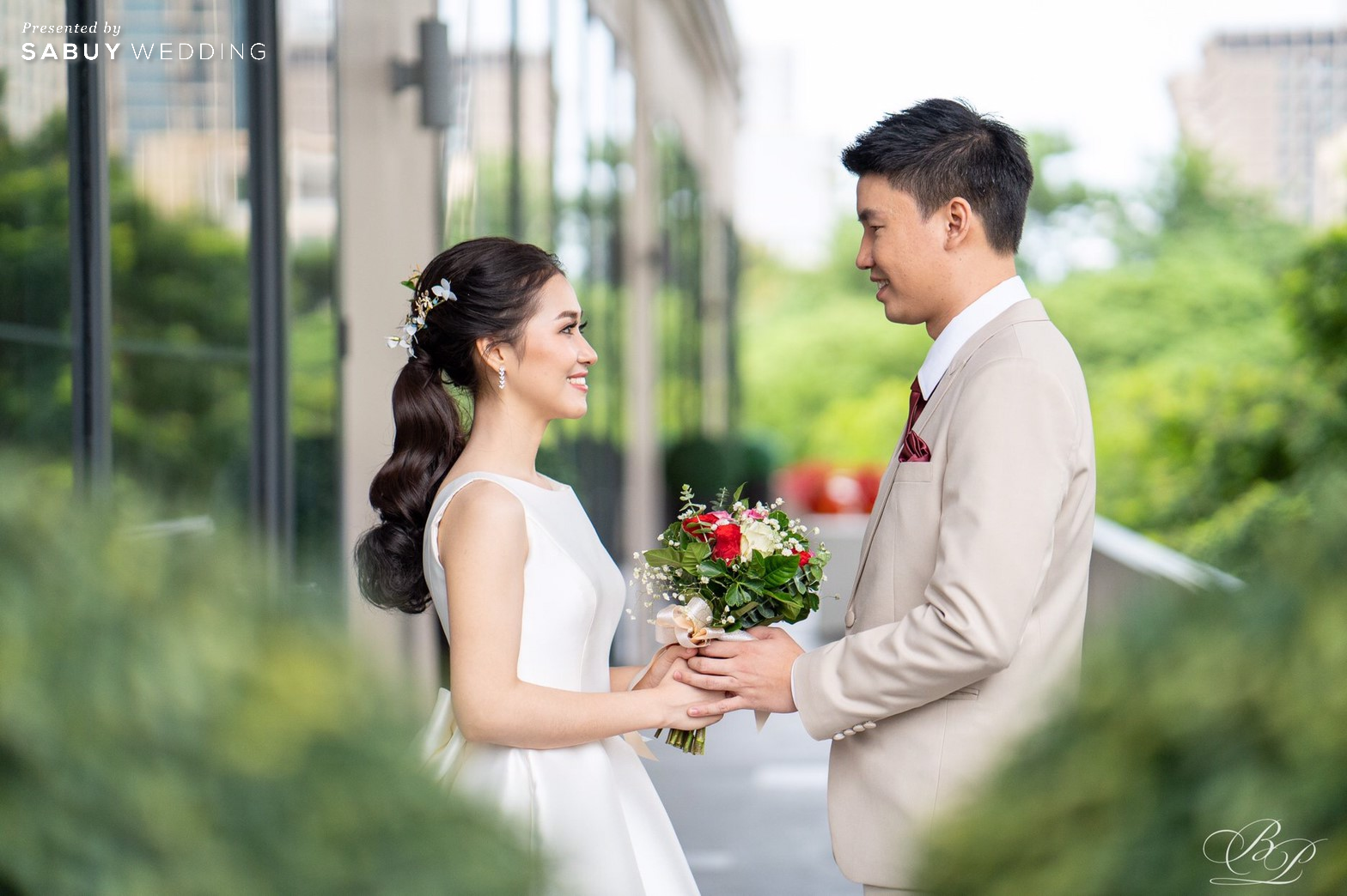 Bliston,สถานที่แต่งงาน,โรงแรม,เจ้าบ่าว,เจ้าสาว รีวิวงานแต่ง Backdrop สวนสวย ด้วยห้องจัดเลี้ยงแสงธรรมชาติ @ Bliston Suwan Park View Hotel