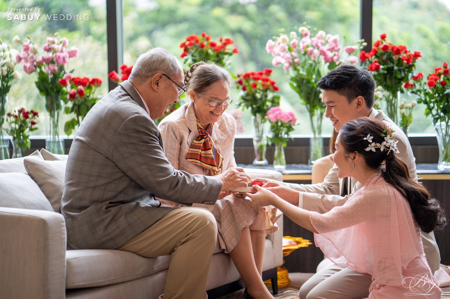 งานแต่งงาน,พิธีจีน,ชุดแต่งงาน รีวิวงานแต่ง Backdrop สวนสวย ด้วยห้องจัดเลี้ยงแสงธรรมชาติ @ Bliston Suwan Park View Hotel