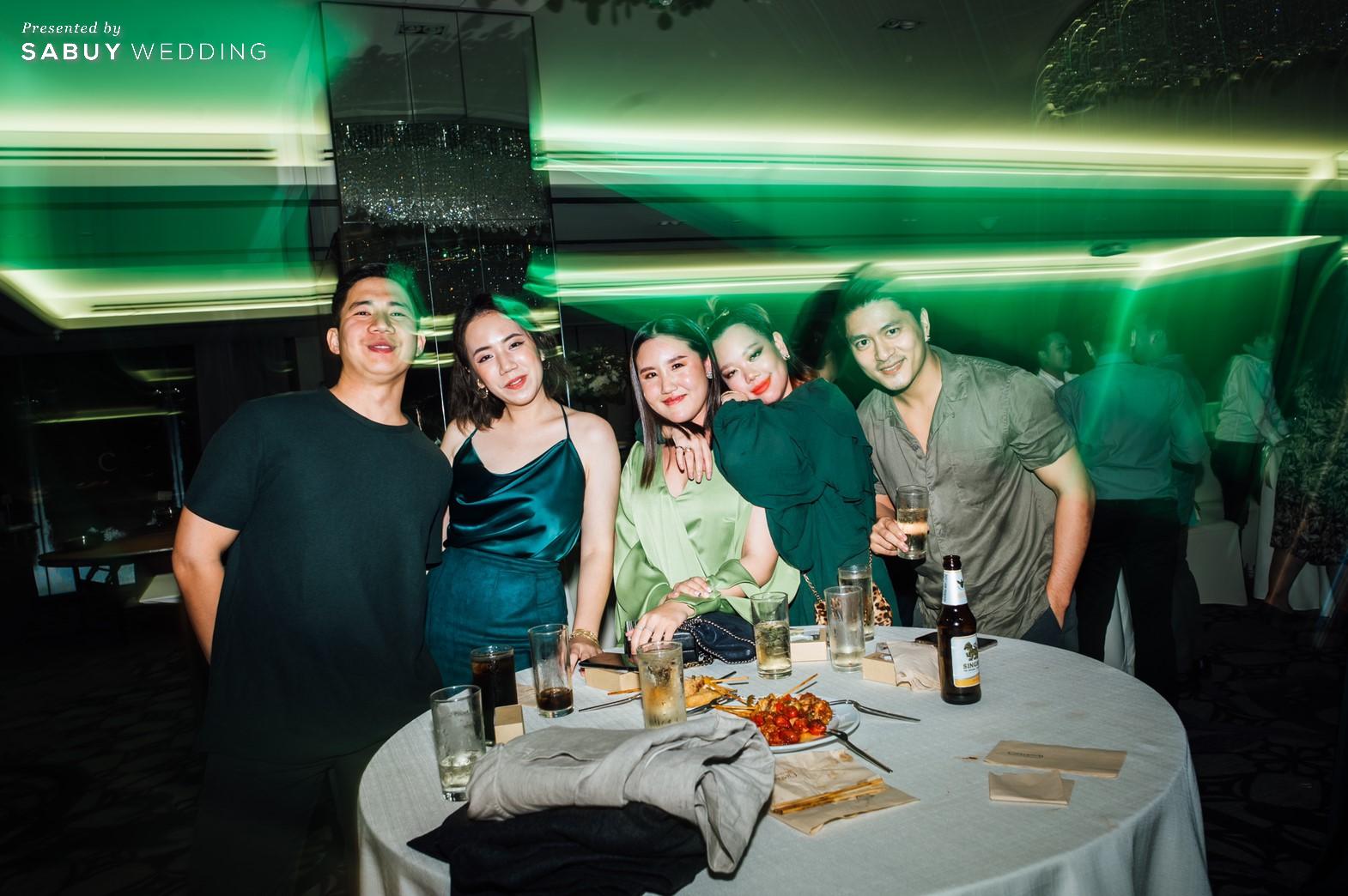 งานแต่งงาน,เจ้าบ่าว,เจ้าสาว รีวิวงานแต่งริมน้ำสุดอบอุ่น สวยละมุนในโทนขาวเขียว @ Chatrium Hotel Riverside Bangkok