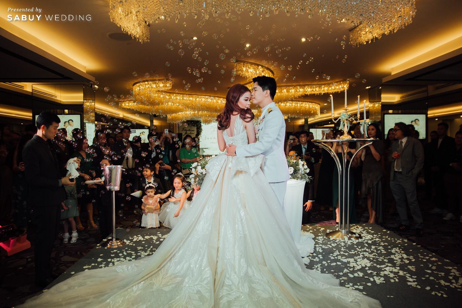 เจ้าสาว,เจ้าบ่าว รีวิวงานแต่งริมน้ำสุดอบอุ่น สวยละมุนในโทนขาวเขียว @ Chatrium Hotel Riverside Bangkok