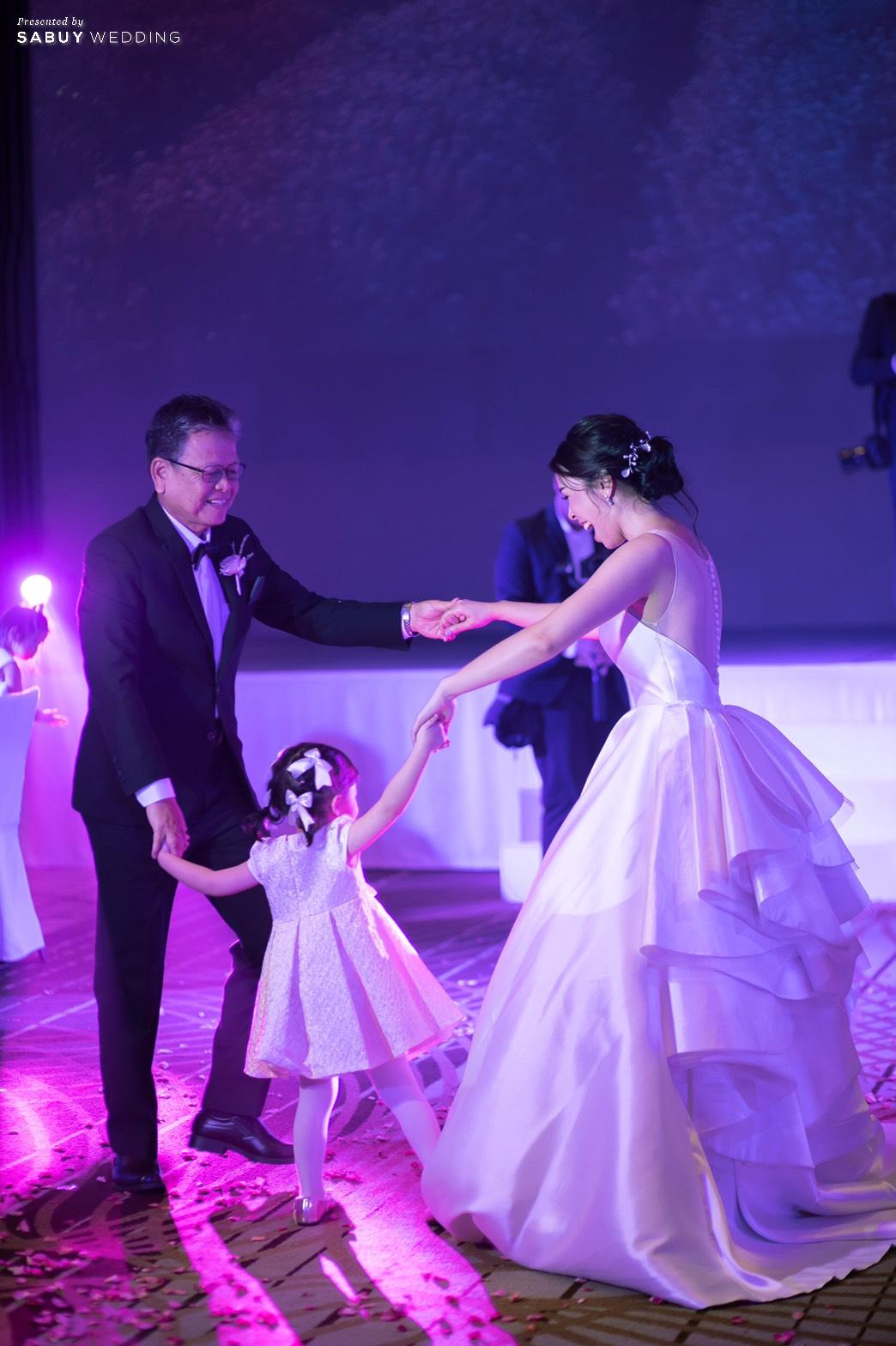 ชุดแต่งงานเจ้าสาว รีวิวงานแต่ง Minimal in Lavender เก๋ไม่ซ้ำใครสไตล์ Go Green @ SO/BANGKOK