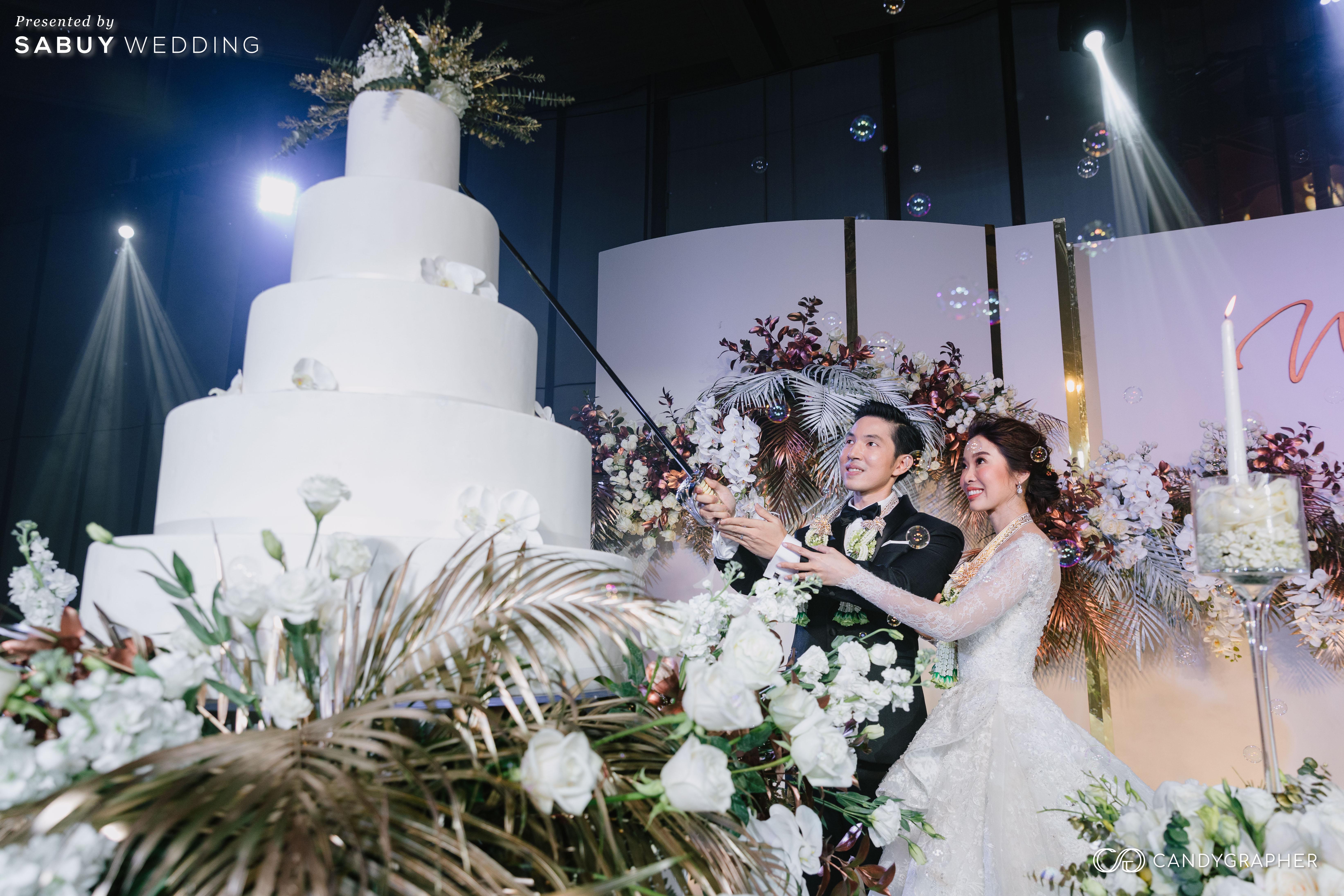 งานแต่งงาน,เค้กแต่งงาน รีวิวงานแต่งธีมสี Taupe สวยดูดีแบบ Luxury Style @ Hyatt Regency Bangkok Sukhumvit