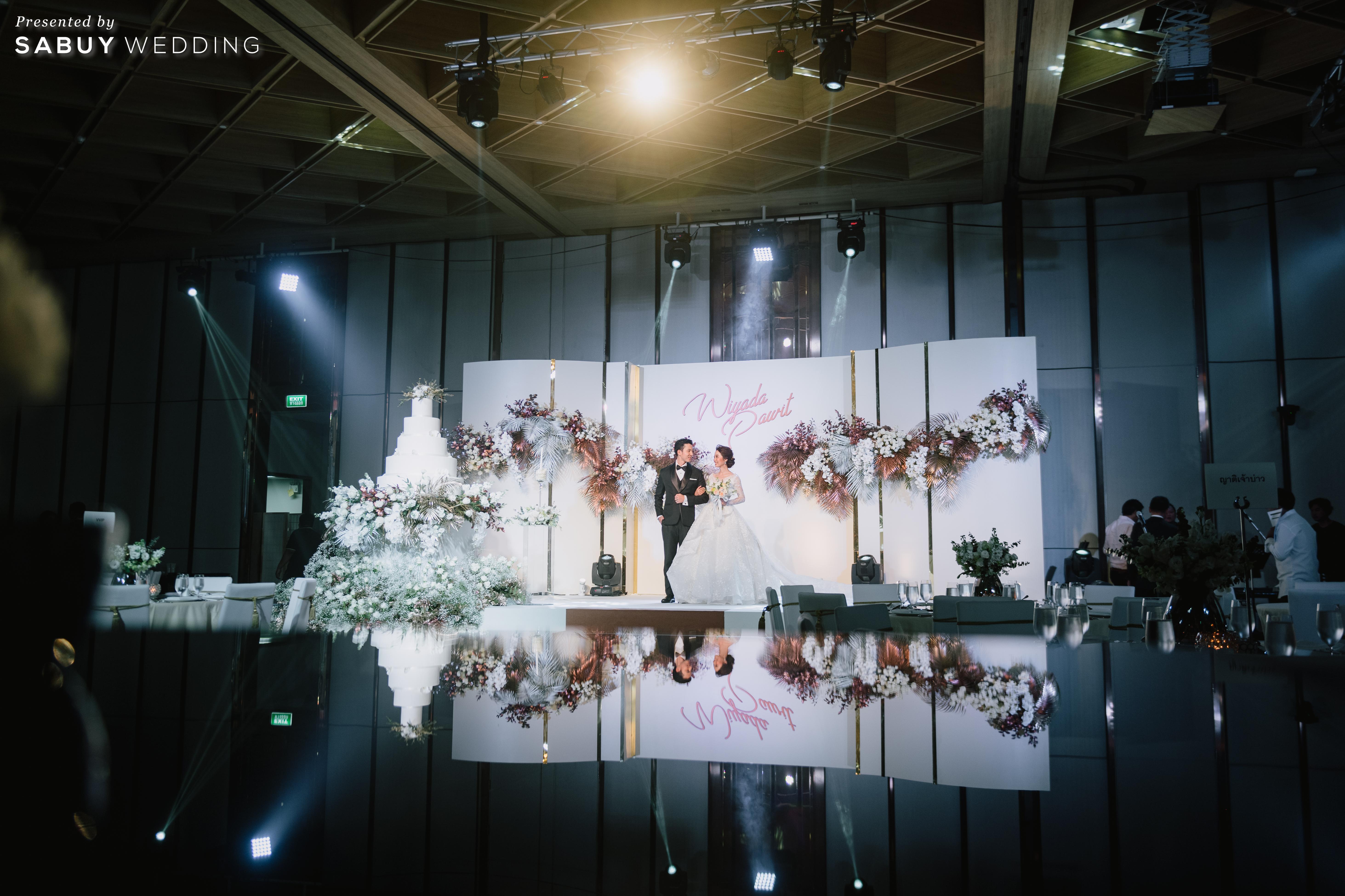 สถานที่แต่งงาน,เค้กแต่งงาน,backdrop รีวิวงานแต่งธีมสี Taupe สวยดูดีแบบ Luxury Style @ Hyatt Regency Bangkok Sukhumvit