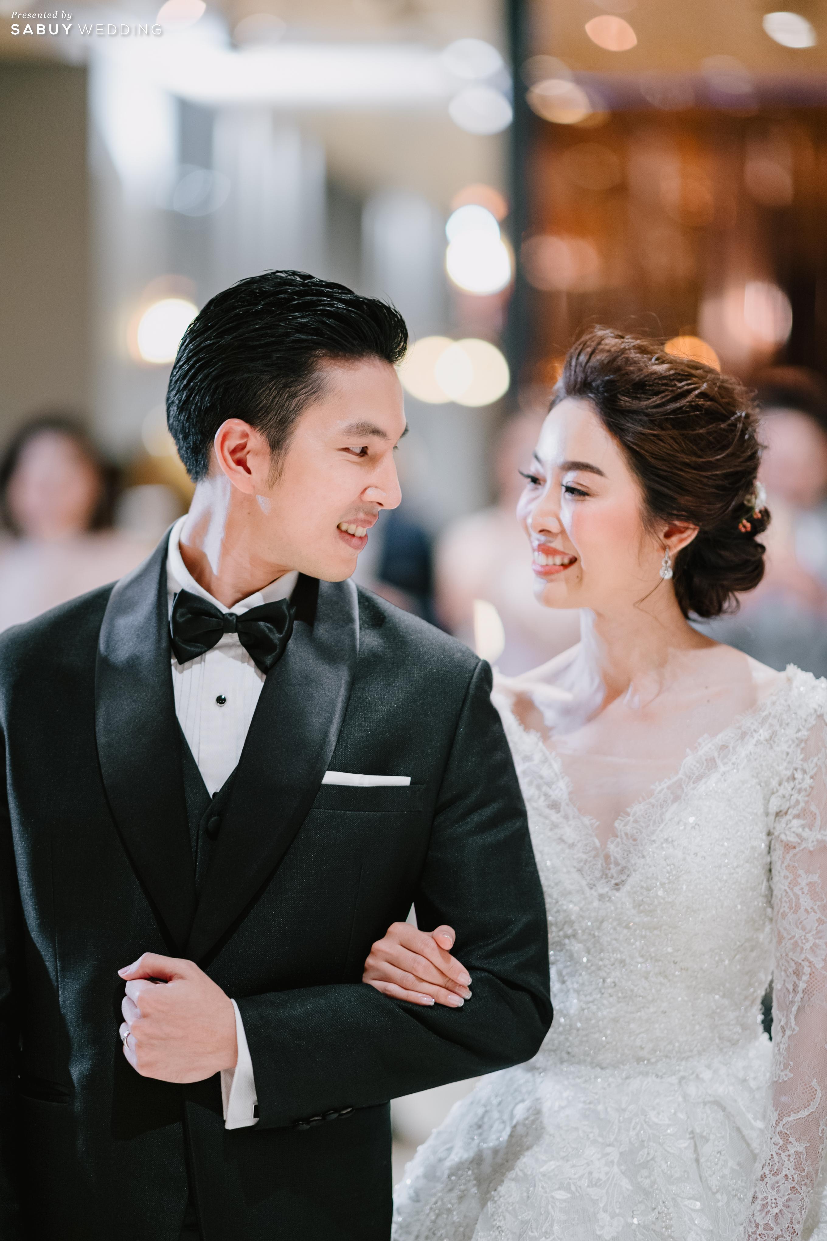 ชุดเจ้าสาว,สถานที่แต่งงาน,ชุดแต่งงาน รีวิวงานแต่งธีมสี Taupe สวยดูดีแบบ Luxury Style @ Hyatt Regency Bangkok Sukhumvit