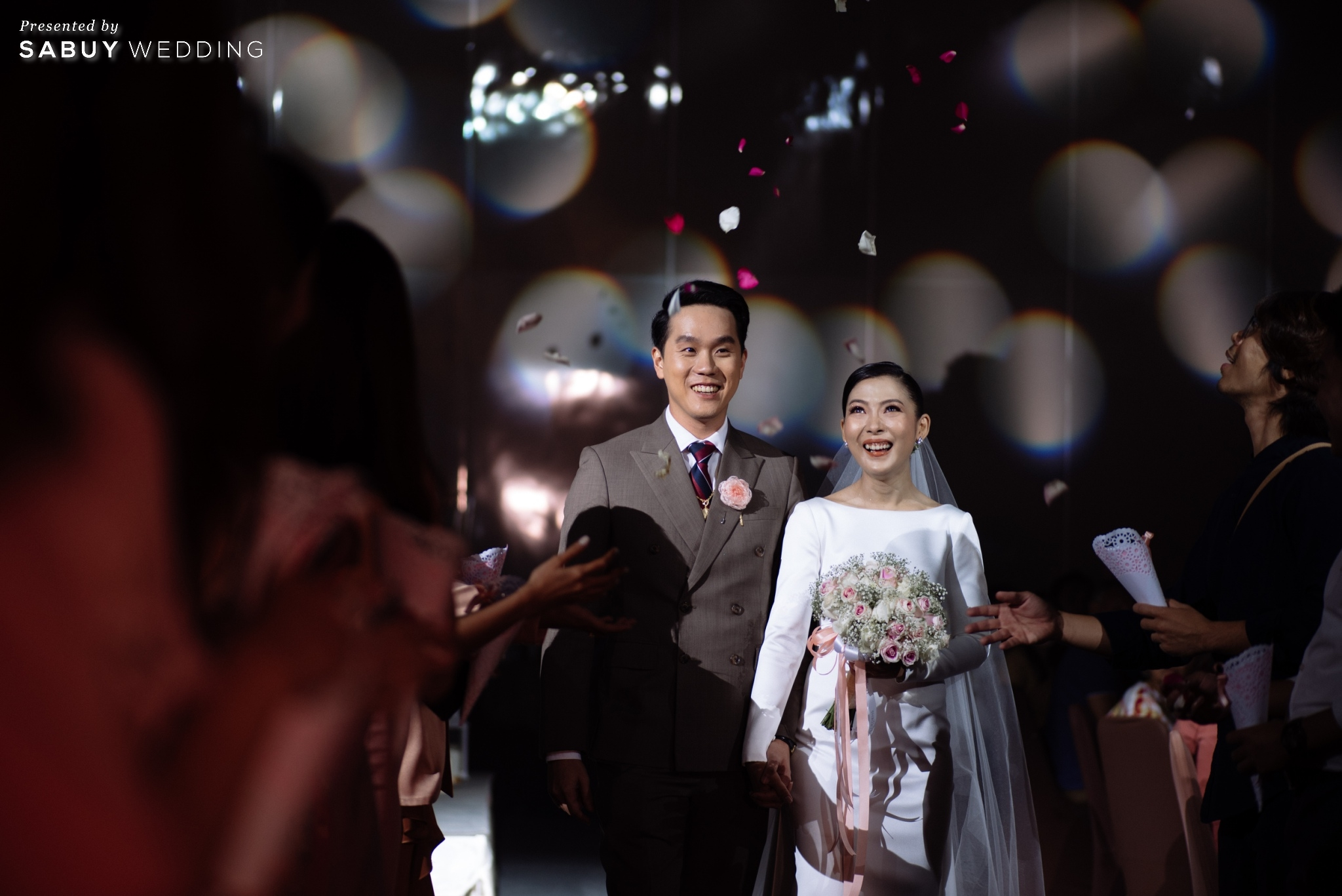 งานแต่งงาน รีวิวงานแต่ง 2 สถานที่ สวยดูดีสไตล์ Vintage Chinese Modern @ หอประชุมศาลเจ้าแม่ทับทิม