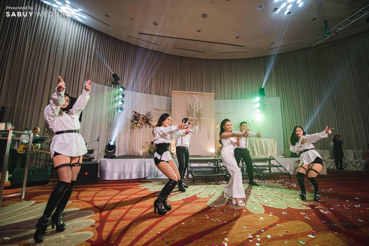 backdrop, ชุดเจ้าสาว, สถานที่จัดงานแต่งงาน รีวิวงานแต่งสุดประทับใจ เซอร์ไพรส์ After Party ด้วยเพลงยอดฮิต @ Bangkok Marriott Hotel Sukhumvit