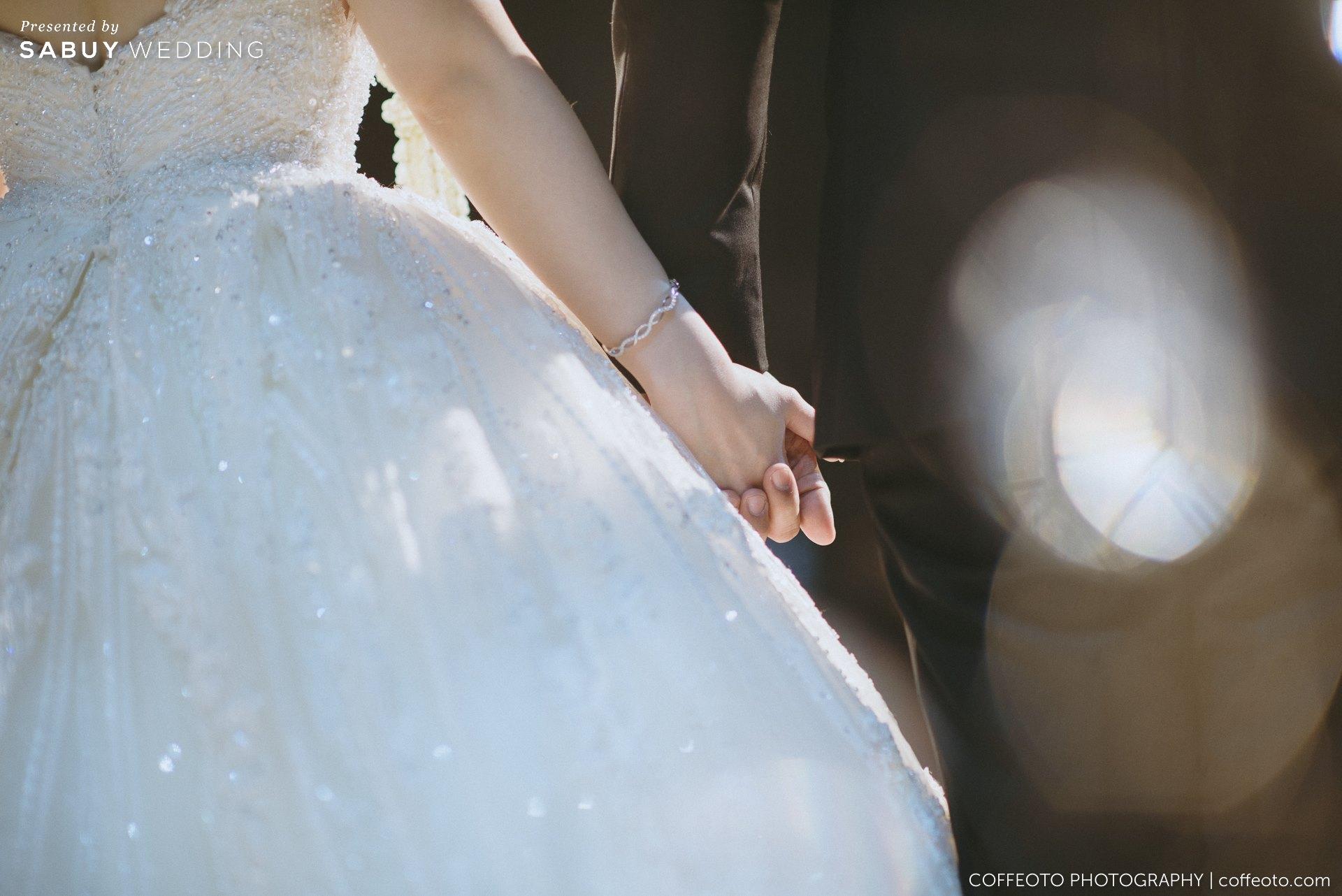 ชุดเจ้าสาว,ชุดแต่งงาน ชุดแต่งงานดีไซน์ล้ำ! เปลี่ยนหลายลุคให้สวยได้ในชุดเดียว