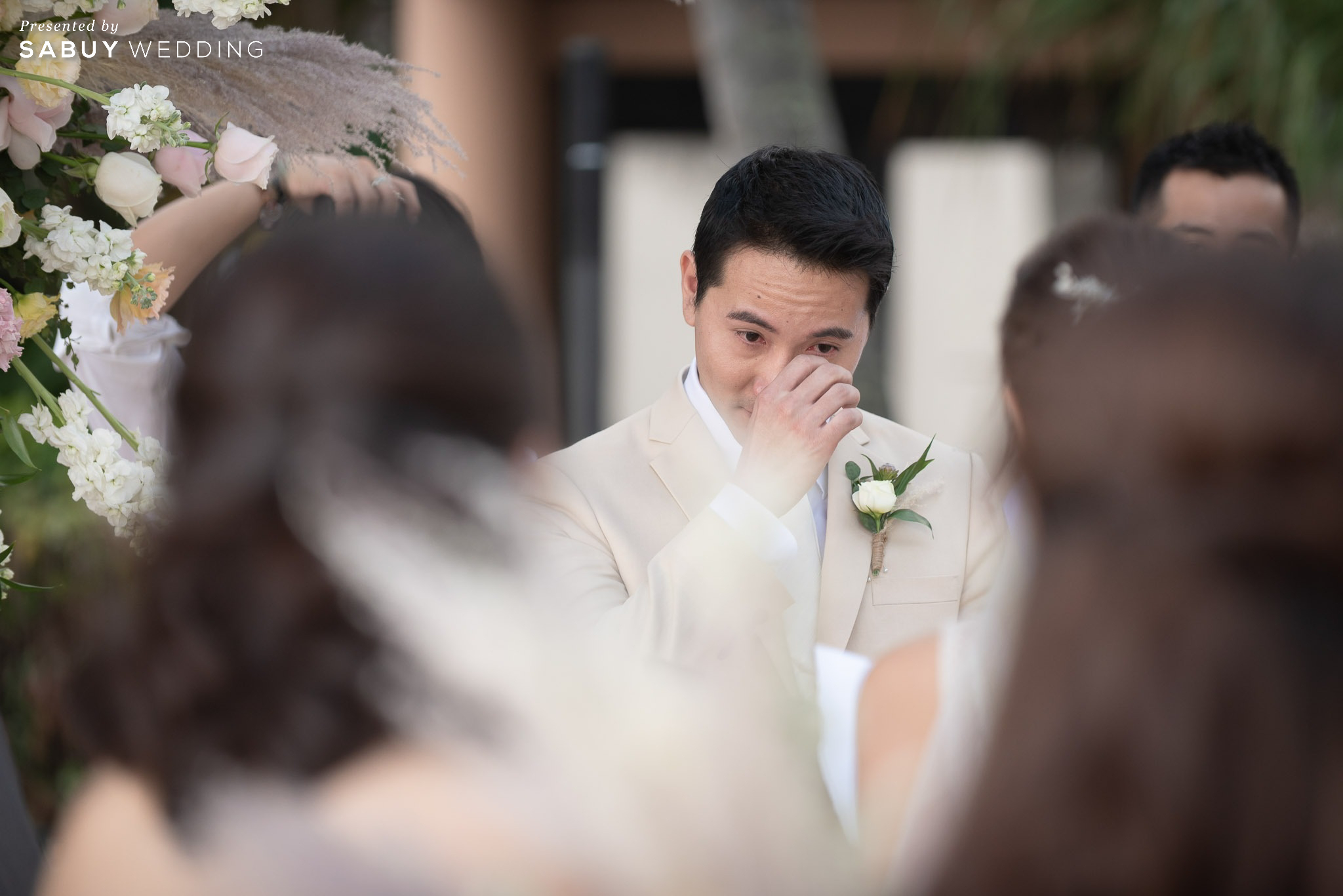 งานแต่งริมทะเลสุดอบอุ่น ละมุนท่ามกลางหาดทรายขาว By Serendipity Wedding House