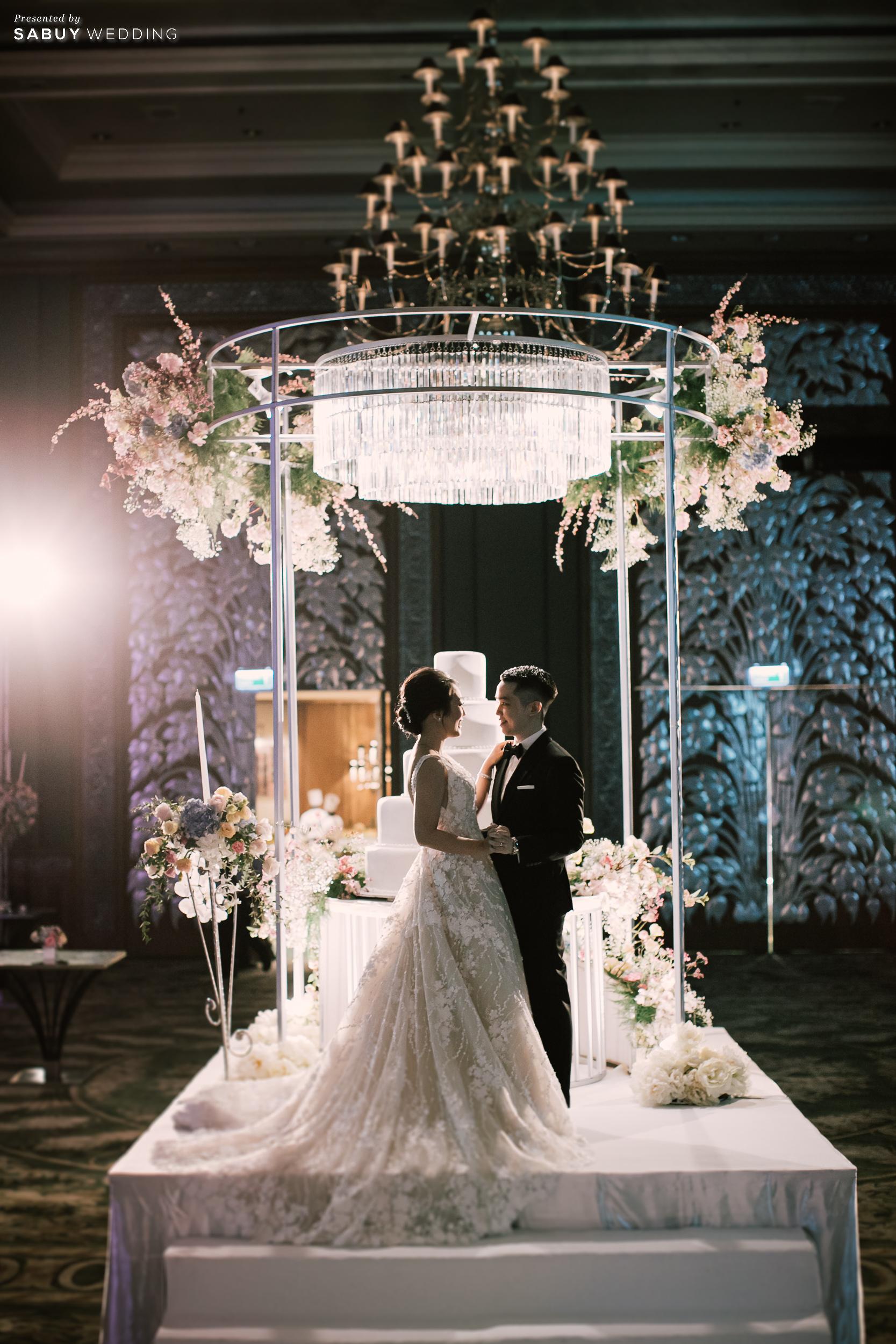 เค้กแต่งงาน รีวิวงานแต่งสุด Classy ด้วยธีมสี Slate Blue และคริสตัล @ Grand Hyatt Erawan Bangkok